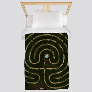 Labyrinth & well Twin Duvet
