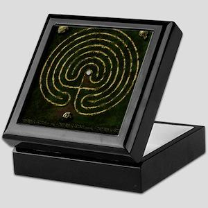 Labyrinth & well Keepsake Box