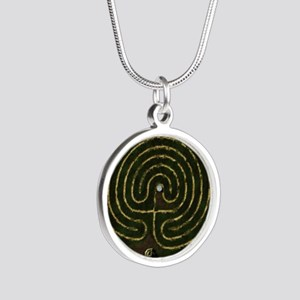 Labyrinth & well Silver Round Necklace