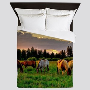 Horses Grazing Queen Duvet
