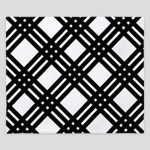 Black and White Gingham Lattice King Duvet