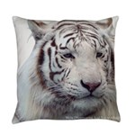 DisappearingTigerWhLG2 Everyday Pillow
