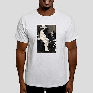 Cowgirl with Mayor Maestri Ash Grey T-Shirt