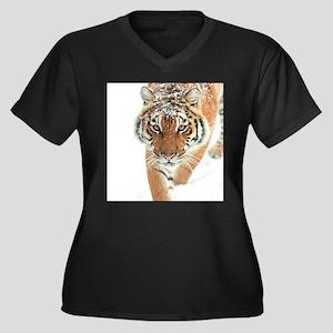 Snow Tiger Plus Size T-Shirt