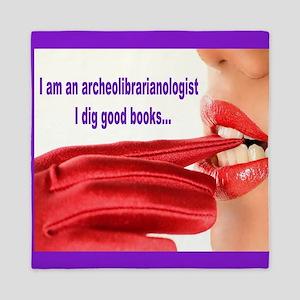 I dig good books Queen Duvet