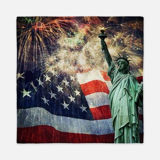 Statue of Liberty &  Fireworks Queen Duvet