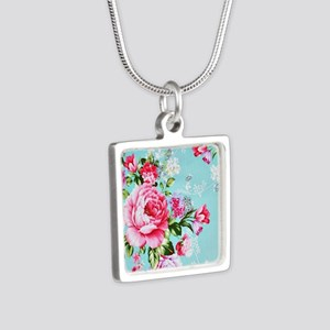 Beautiful Vintage Chic Cottage Roses Necklaces