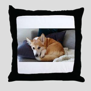 Imitating a sleeping fox Throw Pillow