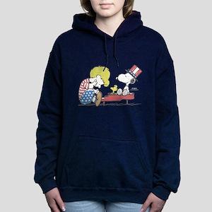 Snoopy - Vintage Schroed Women's Hooded Sweatshirt