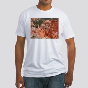 Bryce Canyon, Utah, USA 16 (caption) T-Shirt