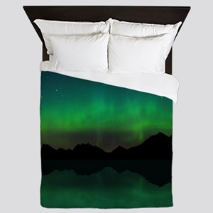 Northern Lights over mountains and wat Queen Duvet