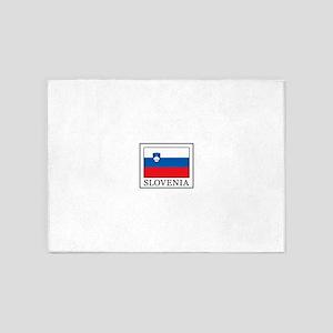 Slovenia 5'x7'Area Rug