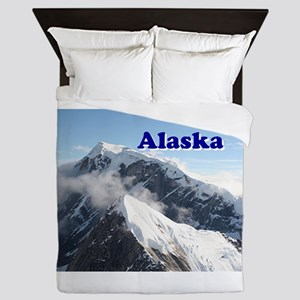 Alaska: Alaska Range, USA Queen Duvet