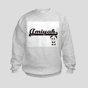 Amiyah Classic Retro Name Design w Kids Sweatshirt