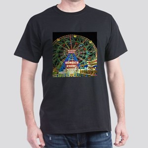 Coney Island's wonderous Wonder Wheel T-Shirt