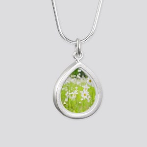 Filed of Daisies Silver Teardrop Necklace
