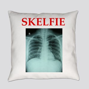 RADIOLOGY JOKE Everyday Pillow