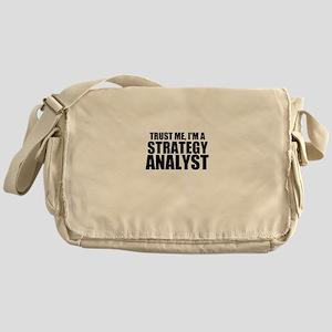 Trust Me, I'm A Strategy Analyst Messenger Bag