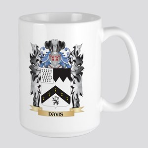 Davis Coat of Arms - Family Crest Mugs
