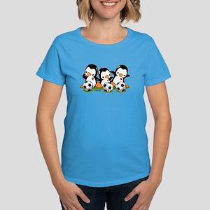 Soccer Penguins Women's Dark T-Shirt