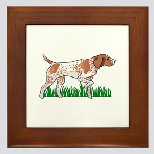 GERMAN POINTER IN GRASS Framed Tile