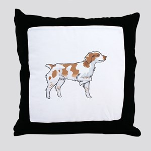 BRITTANY SPANIEL ON POINT Throw Pillow