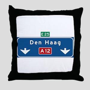 The Hague Roadmarker (NL) Throw Pillow