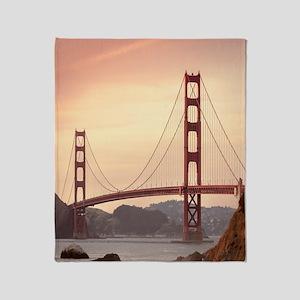 Beautiful Golden Gate Bridge Throw Blanket