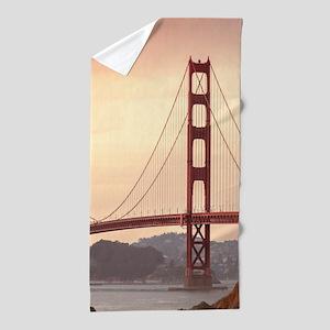 Beautiful Golden Gate Bridge Beach Towel