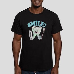 Smile Dentist Dental H Men's Fitted T-Shirt (dark)