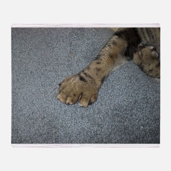 american polydactyl paw top Throw Blanket