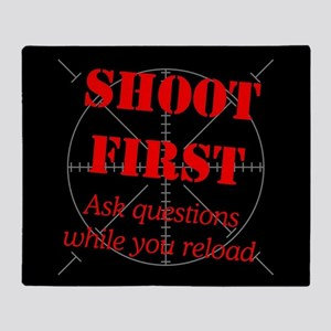 ASK QUESTIONS WHILE RELOAD Throw Blanket