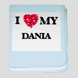 I love my Dania baby blanket