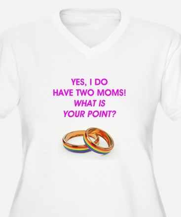 TWO MOMS T-Shirt