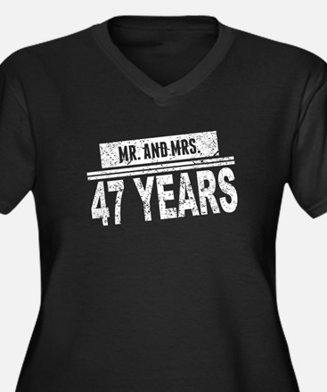 Mr. And Mrs. 47 Years Plus Size T-Shirt