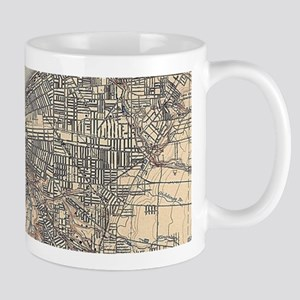 Vintage Map of Cleveland (1904) Mugs