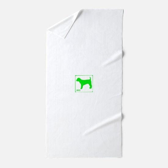 moxi bright green Beach Towel