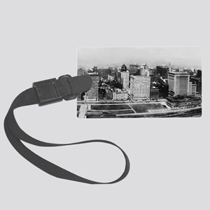 Michigan Avenue in Chicago (1911 Large Luggage Tag