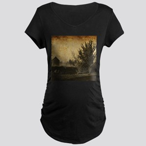 rustic Rural farm landscape Maternity T-Shirt