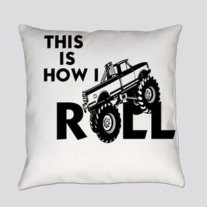 MUD BOG, MUD BOGGING - THIS IS HOW Everyday Pillow