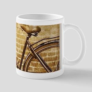 romantic street vintage bike Mugs