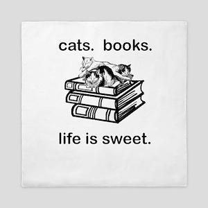 CATS.  BOOKS.  LIFE IS SWEET Queen Duvet