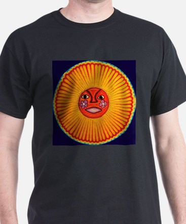 Huichol_String_Art_Sun_dark_backgrou T-Shirt