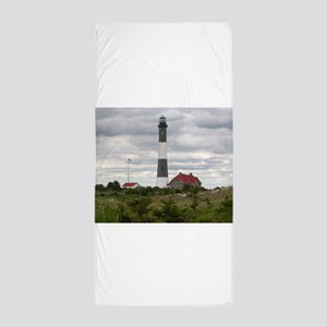 ROBERT_MOSES_STATE_PARK_LIGHTHOUSE_NY. Beach Towel