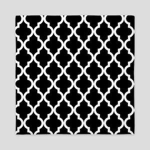 Black: Quatrefoil Moroccan Pattern Queen Duvet