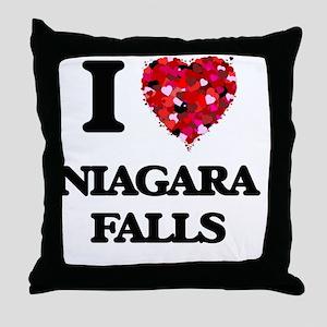 I love Niagara Falls Throw Pillow