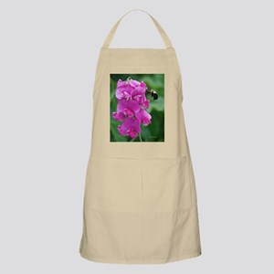 Sweet Pea with Bee Apron