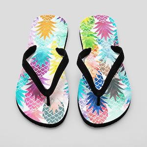868262b0f982 Hawaiian Pineapple Pattern Tropical Wat Flip Flops