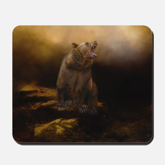 Roaring grizzly bear Mousepad