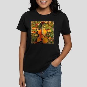 romantic fall leaves violin T-Shirt